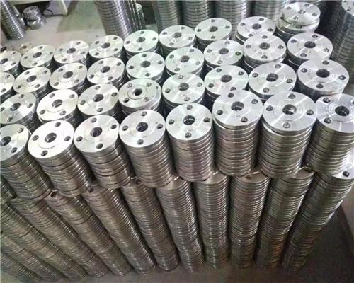 重庆法兰厂家给你说一下不锈钢法兰有哪些好的优势